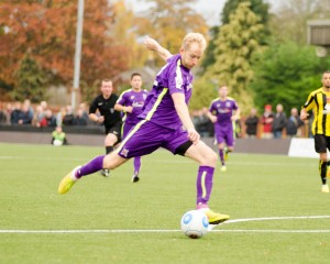 David Syers about to score at Harrogate
