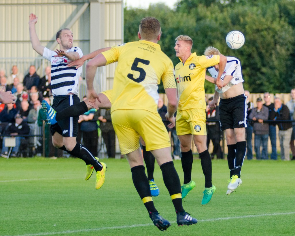 Gainsborough Trinity [h] (09-08-2017)-17